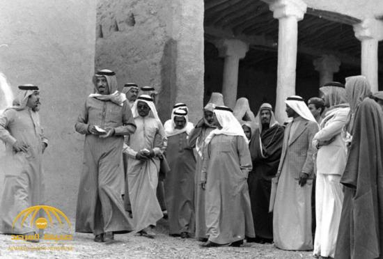 تعرف على قصة هذه الصور النادرة للملك سلمان قبل 39 عاماً!