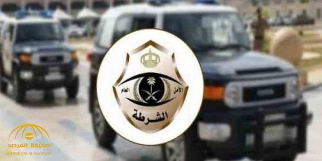 خمسة مواطنين ينفذون عملية سطو مسلح على سوق تجاري ومطعم ويطلقون النار على عامل .. وشرطة الرياض تكشف التفاصيل