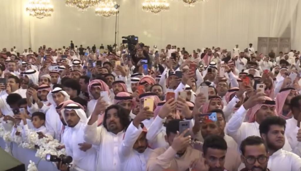 بالفيديو : شاهد .. أشهر الفنانين يحيون  أضخم حفل  زواج بالسعودية  في قاعة ليلتي بجدة!