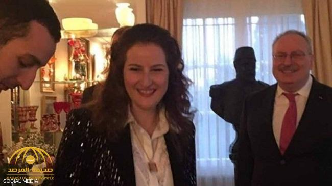 شاهد: ابنة آخر ملوك مصر تدخل عش الزوجية.. والكشف عن جنسية العريس!