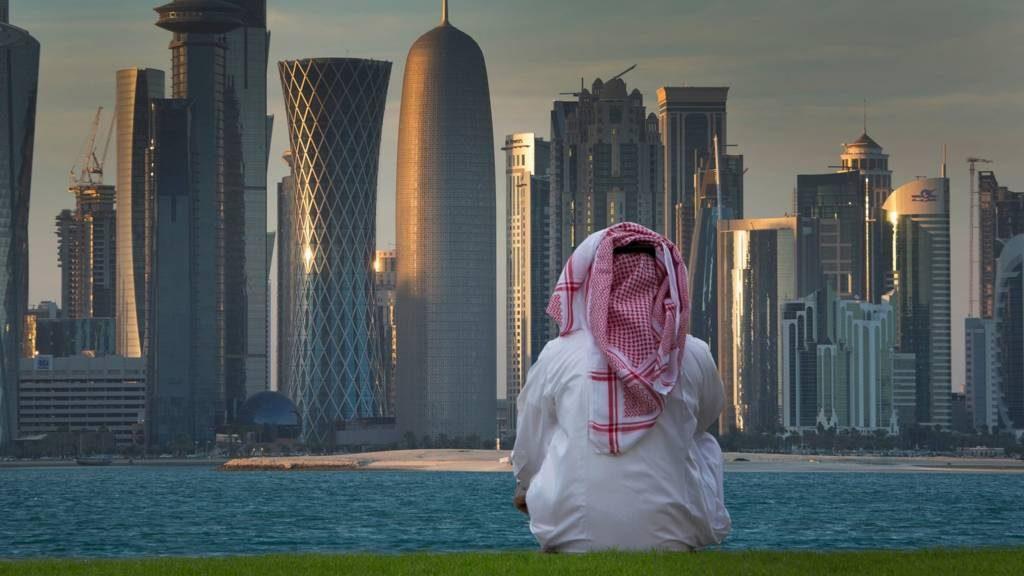بعد عام ونصف من المقاطعة .. قطر تعترف!