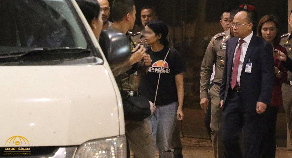 """الفتاة السعودية """"رهف"""" تغادر مطار بانكوك في حماية فريق أممي .. وهذا ما سيناقشوه معها"""