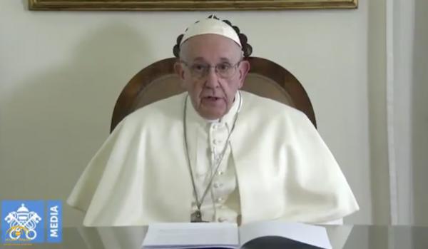 """شاهد ..""""بابا الفاتيكان"""" قبل زيارة الإمارات : أستعد بفرح لزيارة عيال زايد بدار زايد"""