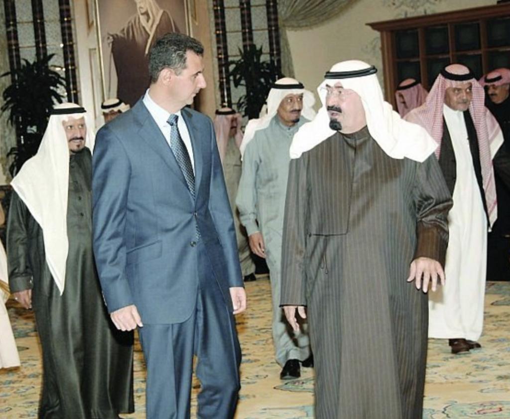 """بندر بن سلطان: الملك عبدالله استدعى بشار الأسد في الرياض بعد مقتل الحريري وقال له """"أنت كذاب"""" 3 مرات"""