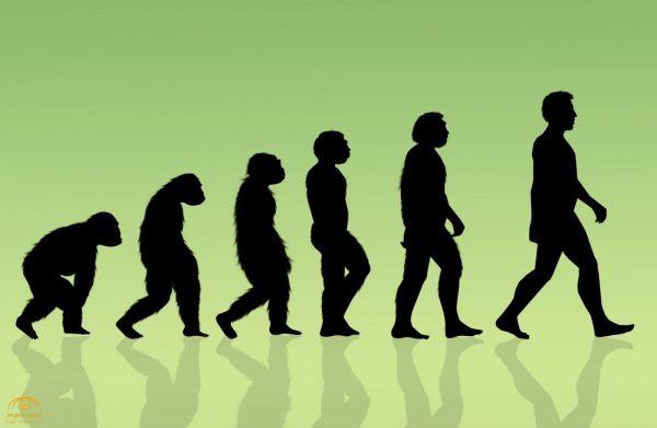 """عالم أمريكي ملحد """" يشكك""""  في حقيقة نظرية التطور البشري ..  ويكشف عن مفاجأة!"""