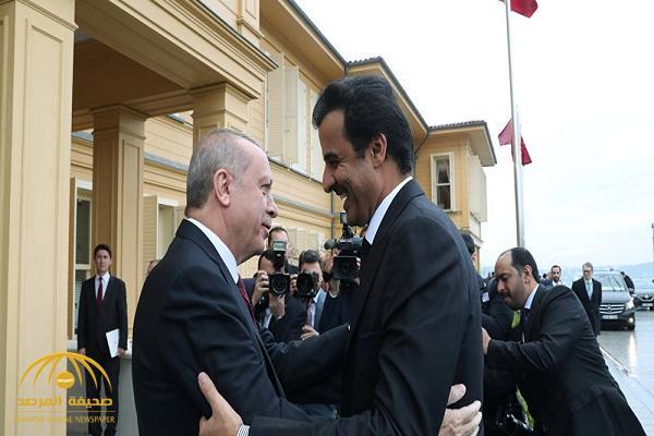 """بعد الطائرة الفارهة … شاهد: قطر تقدم """"حافلة فاخرة"""" لأردوغان .. والأخير يستلمها بنفسه!"""