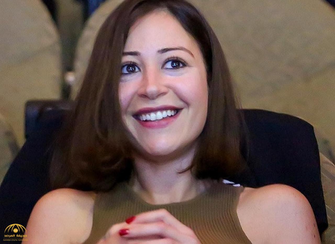 """شاهد.. الفنانة منة شلبي: هاجموني كثيرًا بسبب والدتي رغم أنها """"راقصة محترمة"""".. وزيادة وزني عرضتني لهذه المشكلة"""