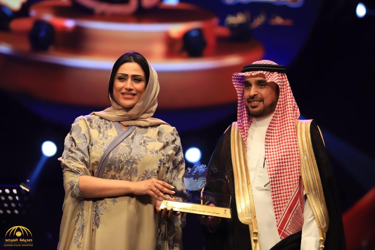 بالأسماء.. وزارة الإعلام تكرم رموز الأغنية السعودية ونجومها -صور