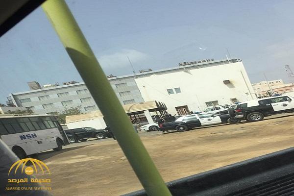 شاب ثلاثيني يطلق النار على عمه أمام المحكمة العامة بجازان