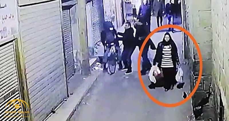 """فيديو .. ثانية واحدة حسمت مصير """"حاملة الأكياس"""" بتفجير القاهرة"""