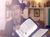 """على طريقة """"ترامب"""".. شاهد:  الفنان السوري دريد لحام يهدي ولاية كاليفورنيا الأميركية للمكسيك!"""