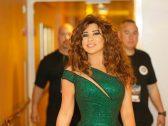 """شاهد.. لحظة وصول المطربة اللبنانية """"نجوى كرم"""" للدمام استعدادًا لحفلها الغنائي غدًا"""