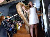 شاهد بالصور والفيديو .. فتاة أوكرانية تمتلك أطول شعر في العالم.. وتصيب خبراء بالدهشة!