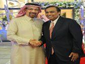 """وزير الطاقة """"الفالح"""" يشارك أغنى عائلة هندية فرحتها!"""