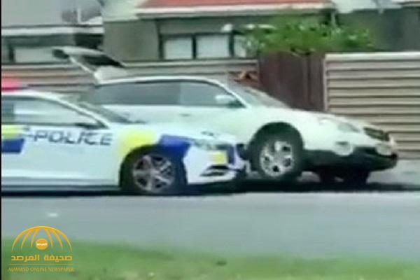 شاهد .. لحظة القبض على أحد منفذي هجوم المسجدين في نيوزيلندا