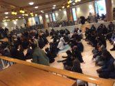"""شاهد: مئات المصلين يؤدون صلاة الجمعة داخل """"كنيسة مانهاتن"""" المركزية بعد واقعة إطلاق النار!"""