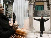 بالصور ..  فنانة أمريكية تعتنق الإسلام وترتدي الحجاب.. أنا سعيدة جدًا بقراري هذا!