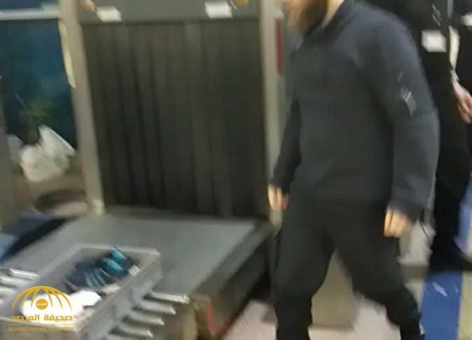 إيقاف سعودية بمطار القاهرة.. والأمن يكشف سر «المناشف القطنية»!