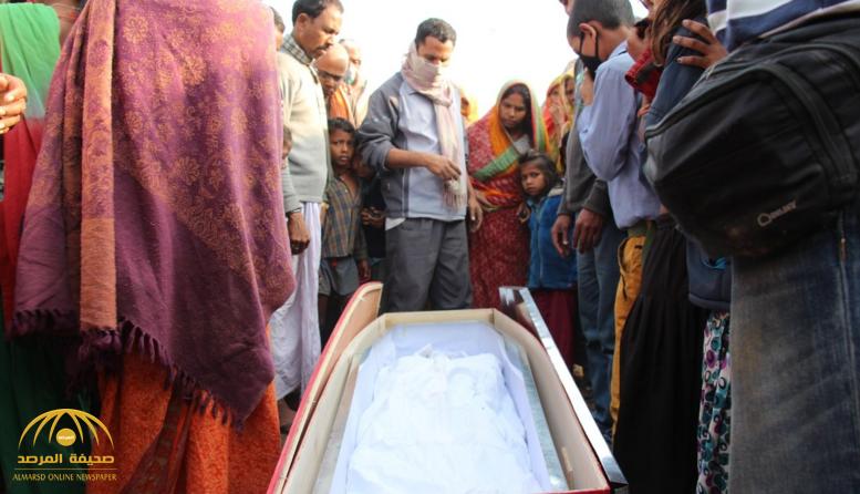 أسرة هندية انتظرت وصول جثة ابنها الذي توفى في السعودية.. وعند فتح التابوت لدفنه كانت المفاجأة!