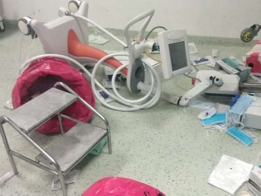أهالي مريض يحطمون أغلى جهاز طبي في #مصر!