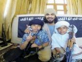 شاهد.. أول صور للطفلين السعوديين العائدين من قبضة داعش في سوريا.. والكشف عن مصير والدهما!