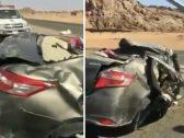 توفي جميع ركابها وظلت الأغنية على وضع التشغيل.. شاهد: انقلاب سيارة في حادث مروّع!
