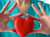 ثورة علمية.. العالم يودع عمليات القلب المفتوح بالصمامات الصناعية