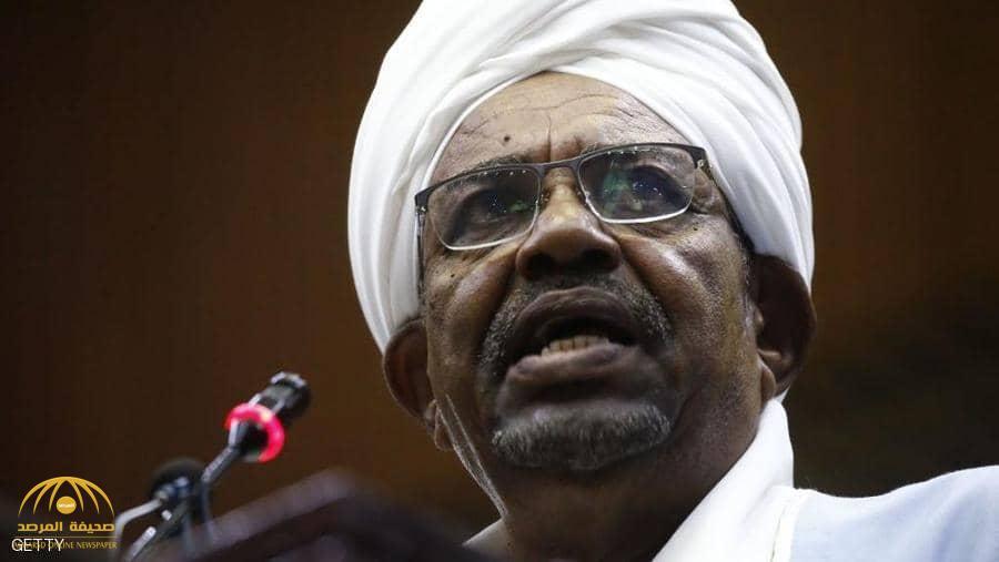 «العسكري السوداني» يكشف عن شرط وحيد قبل تسليم البشير للجنائية الدولية