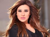 عقب حديثها عن تقاضيها 40 ألف دينار كويتي لإحياء حفلها.. شاهد نجوى كرم لـ«الدكتورة خلود»: ما يجرجروكي !
