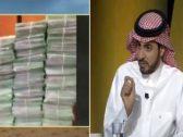 """برنامج يواجه """"محافظ الجمارك"""" بفيديو لـ""""أطنان من المعاملات"""" بمطار الرياض.. والأخير يعلق بعد انتهاء الحلقة!"""