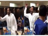 """شاهد.. ردة فعل رئيس """"الهلال"""" في غرفة الملابس بعد الفوز الصعب على """"الحزم"""""""