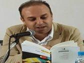 وفاة شاعر مغربي أمام الحضور خلال ندوة ثقافية بسبب الميكروفون!