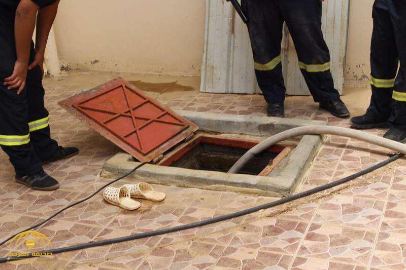 وجد آثار دماء على باب المنزل.. مفاجأة صادمة لمواطن في خزان منزله بجدة!
