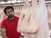 جزار مصري في الكويت.. تفاصيل ظهور شبيه جديد للاعب  محمد صلاح (فيديو)