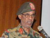 من هو وزير الدفاع السوداني الذي أعلن عزل البشير.. وقرر تشكيل مجلس عسكري انتقالي؟