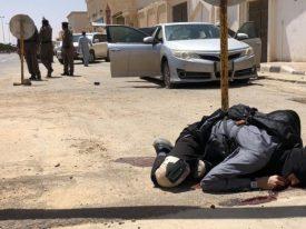 أحدهم أهداه ناقة.. هكذا احتفى المواطنون بـ«المطيري» بعد إحباطه للهجوم الإرهابي بالزلفي