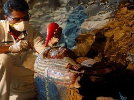 أسنان امرأة مصرية عمرها 4 آلاف عام تكشف عن ممارسة النساء مهنة مدهشة !