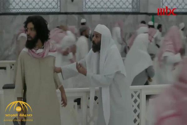 """في العاصوف .. شاهد: لحظة اقتحام المسجد الحرام .. وقتل  """"المهدي المنتظر"""" المزعوم  بعدما قال """"أنا مخلد"""""""