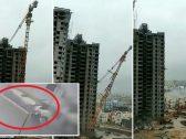 «تحولت من قطع صلبة عملاقة للعب أطفال».. شاهد تطاير سيارات في الهواء نتيجة إعصار مدمر بالهند