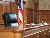 محكمة أمريكية تعاقب سيدة  رفضت تأجير محلها لمسلم!