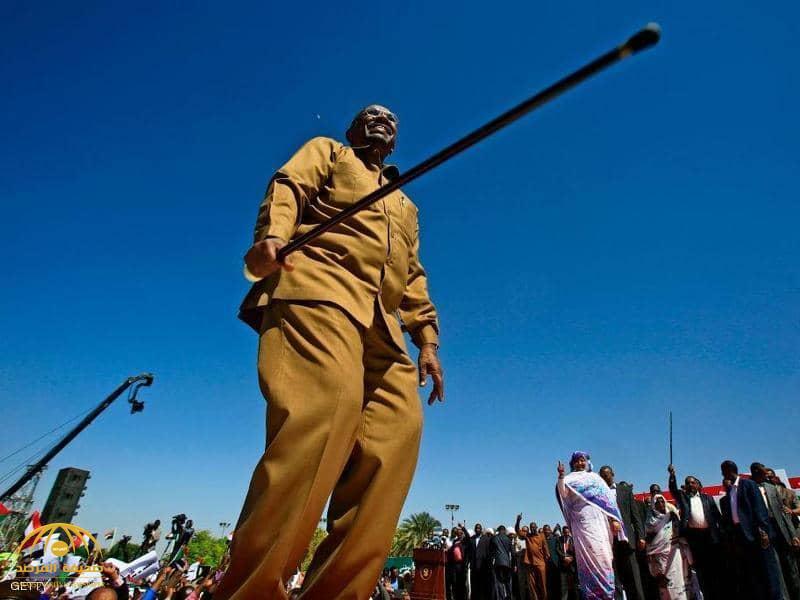 إجراء جديد من الشرطة السودانية لمحو البشير من الذاكرة!
