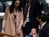 """رئيسة وزراء نيوزيلندا تتحدث عن """"كلب خطوبتها"""" والأصبع الخطأ!"""