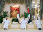 شاهد : رئيس الإمارات خليفة بن زايد في قصر البطين بأبوظبي