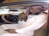 صدمة مواطن بعد منعه من دخول المملكة بسبب القطة «بيري».. ومسؤول يعلق ويوضح السبب