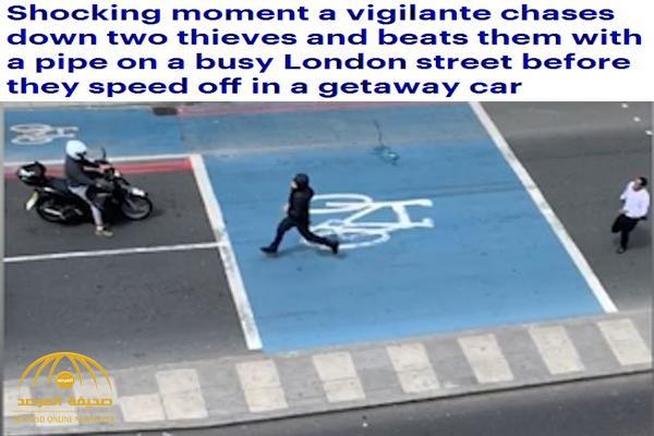 شاهد: شاب بريطاني يطارد عصابة سرقته بأحد شوارع لندن و يبرحهم ضرباً قبل هروبهم – فيديو
