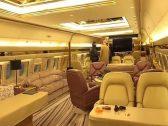 شاهد : مغني راب كندي يقوم بجولة داخل طائرته الفارهة التي بلغت تكلفتها 185 مليون دولار