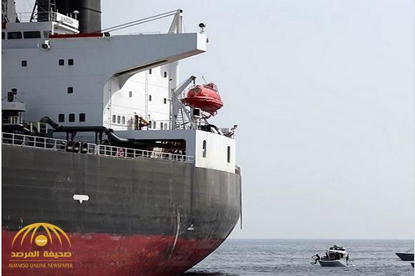 شاهد .. مقطع فيديو جديد  من تحت المياه يظهر حجم الأضرار التي لحقت بسفن الشحن قبال ميناء الفجيرة