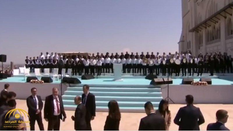 """شاهد.. فرقة موسيقية وغناء داخل مسجد تركي تحت أنظار """"أردوغان""""!"""