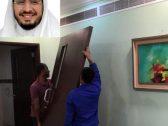"""عميد كلية بمحافظة القنفذة يطبق سياسة  """"الباب المفتوح"""" ويخلع باب مكتبه!"""