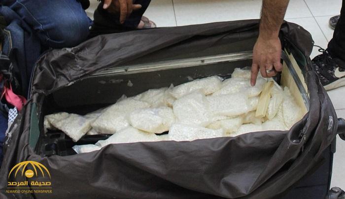 بالصور : الجمارك تحبط  تهريب أكثر من 184 ألف حبة كبتاجون مخبأة بطريقة فنية داخل حقائب للمعتمرين